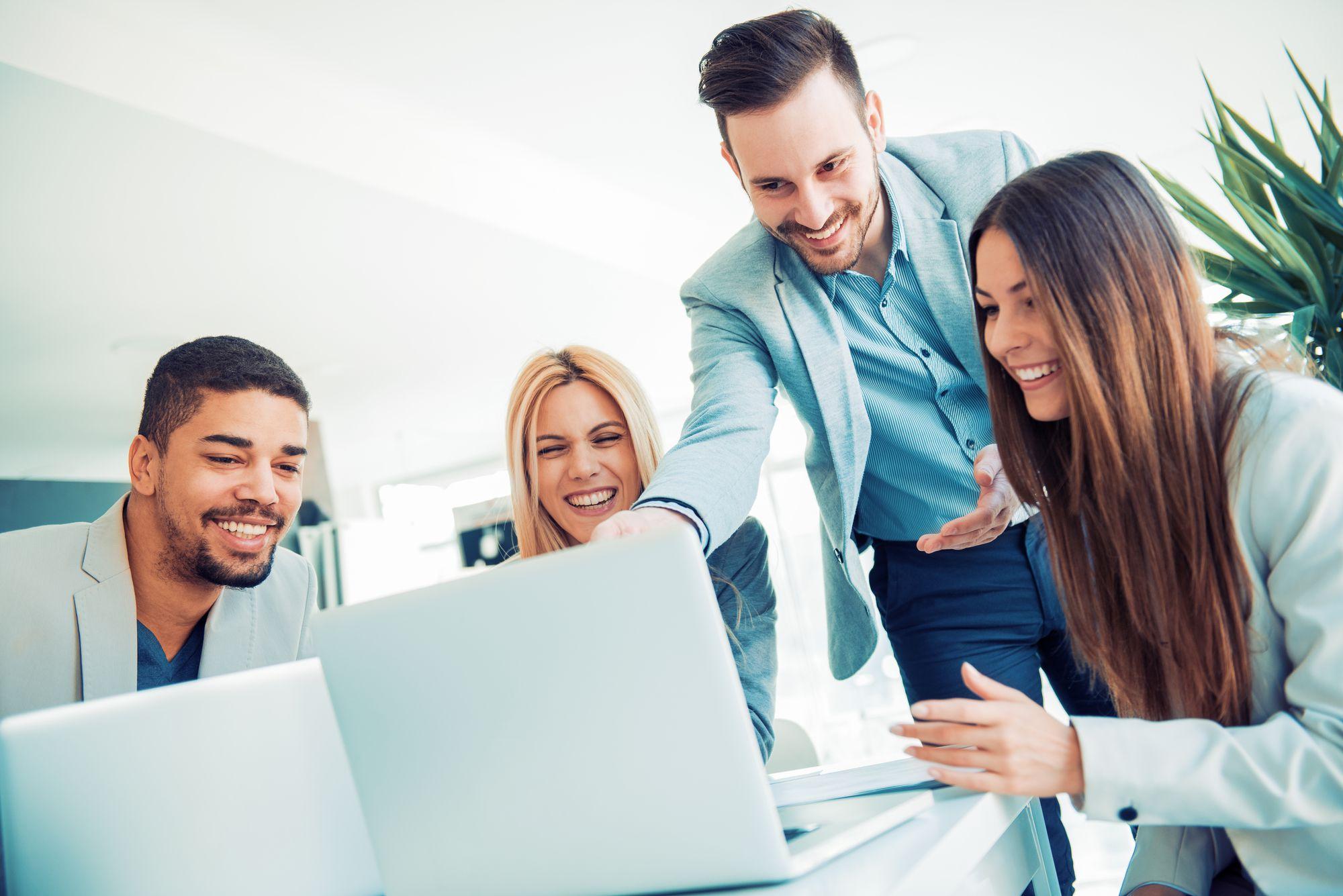 A transformação digital e seus impactos e exigências para os negócios