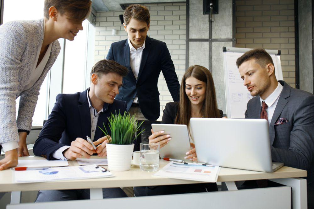 É melhor começar a estratégia ao lado de uma agência de inbound marketing?